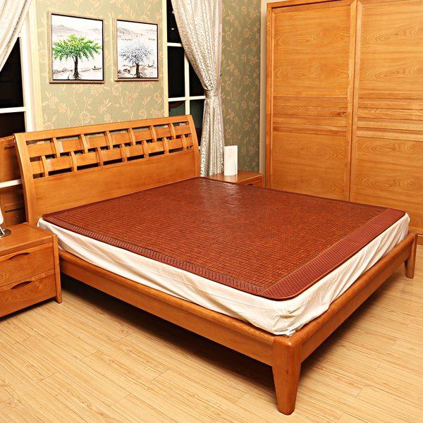 Chiếu trúc giúp không gian phòng ngủ thêm sang trọng và hài hòa